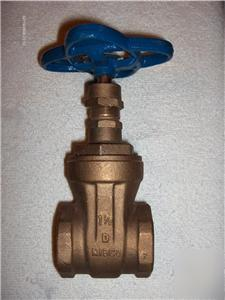 New nibco 1 1/2 inch brass gate valve