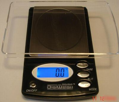 Lab weigh test equipment - digital 500 x 0.1 gram scale