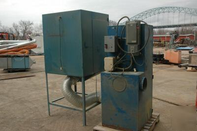 Torit dust collector with down draft table: