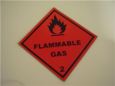 Magnetic flammable gas sign / sticker / 120MM x 120MM